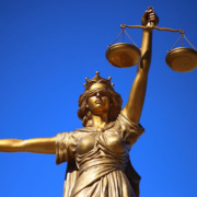 Advokat bolig